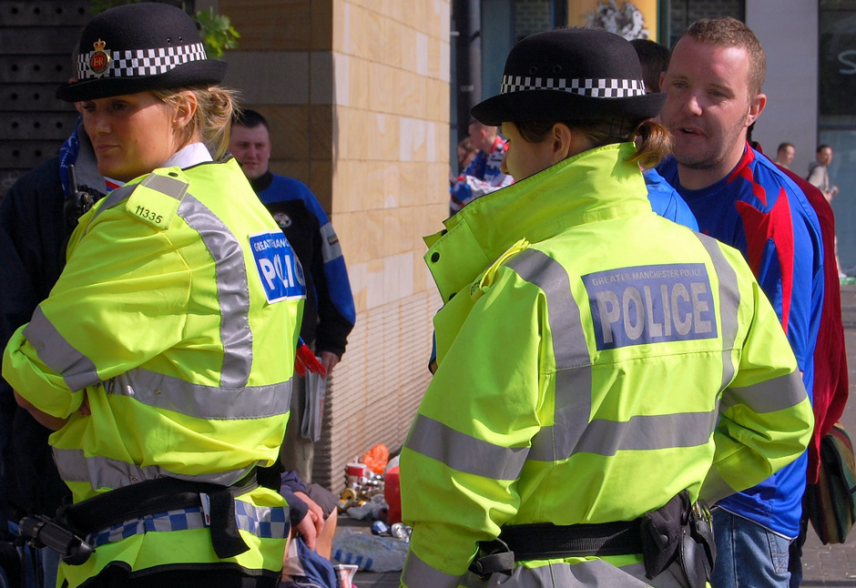 Greater_Manchester_Police_in_Piccadilly_Gardens_(Manchester,_England)