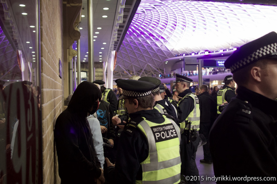 Protesters in London at Eurostar solidarity protests. PHOT: indyrikki